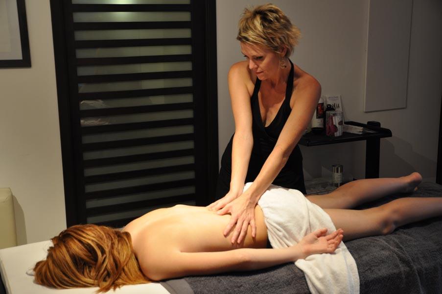 massage / escort inde kvinde